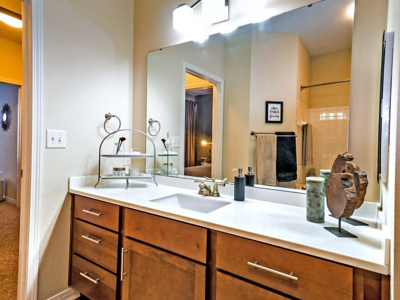 This image shows the premium apartment feature, specifically the comfort room area that was spacious and accessible.